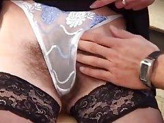 Szőrös érett nő - 10